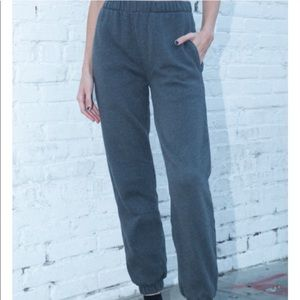 Brandy Melville Rosa Sweatpants